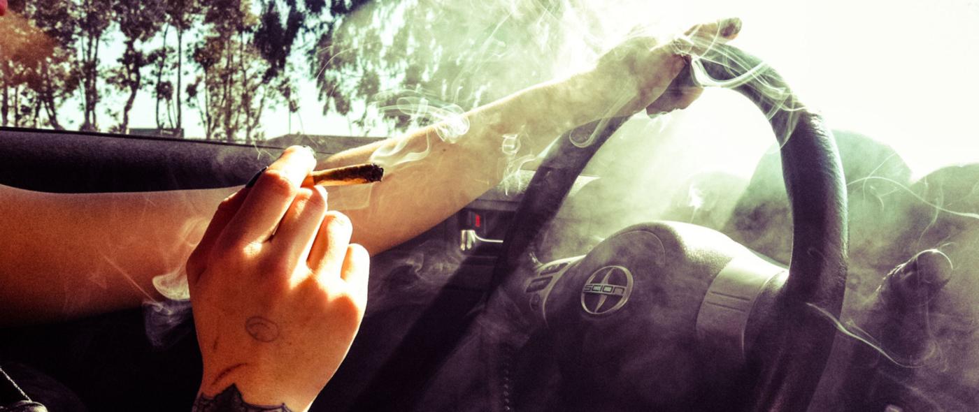 Joint za volant nepatří!