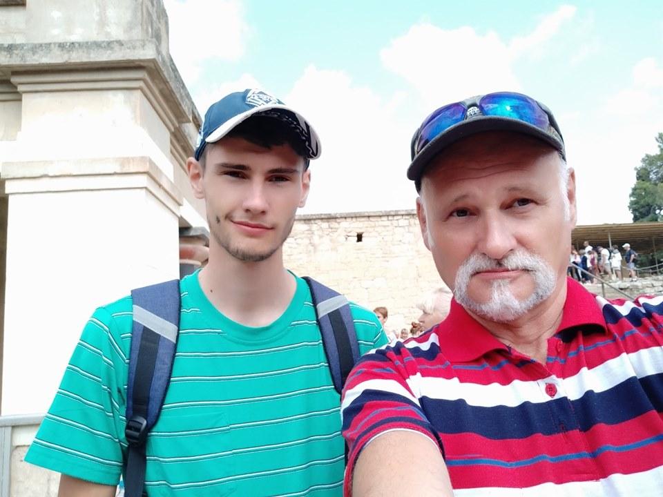 Pan Koláčný se svým synem nikdy problémy se zákonem neměli. Zdroj: Miroslav Koláčný