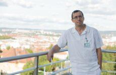 MUDr. Sláma v současnosti předepisuje konopí více než dvěma desítkám onkologických pacientů.